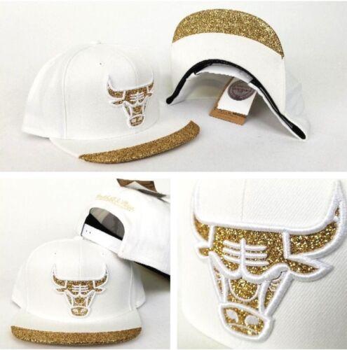 Mitchell /& Ness NBA WHITE Chicago Bulls Gold Glitter Logo snapback Hat Cap