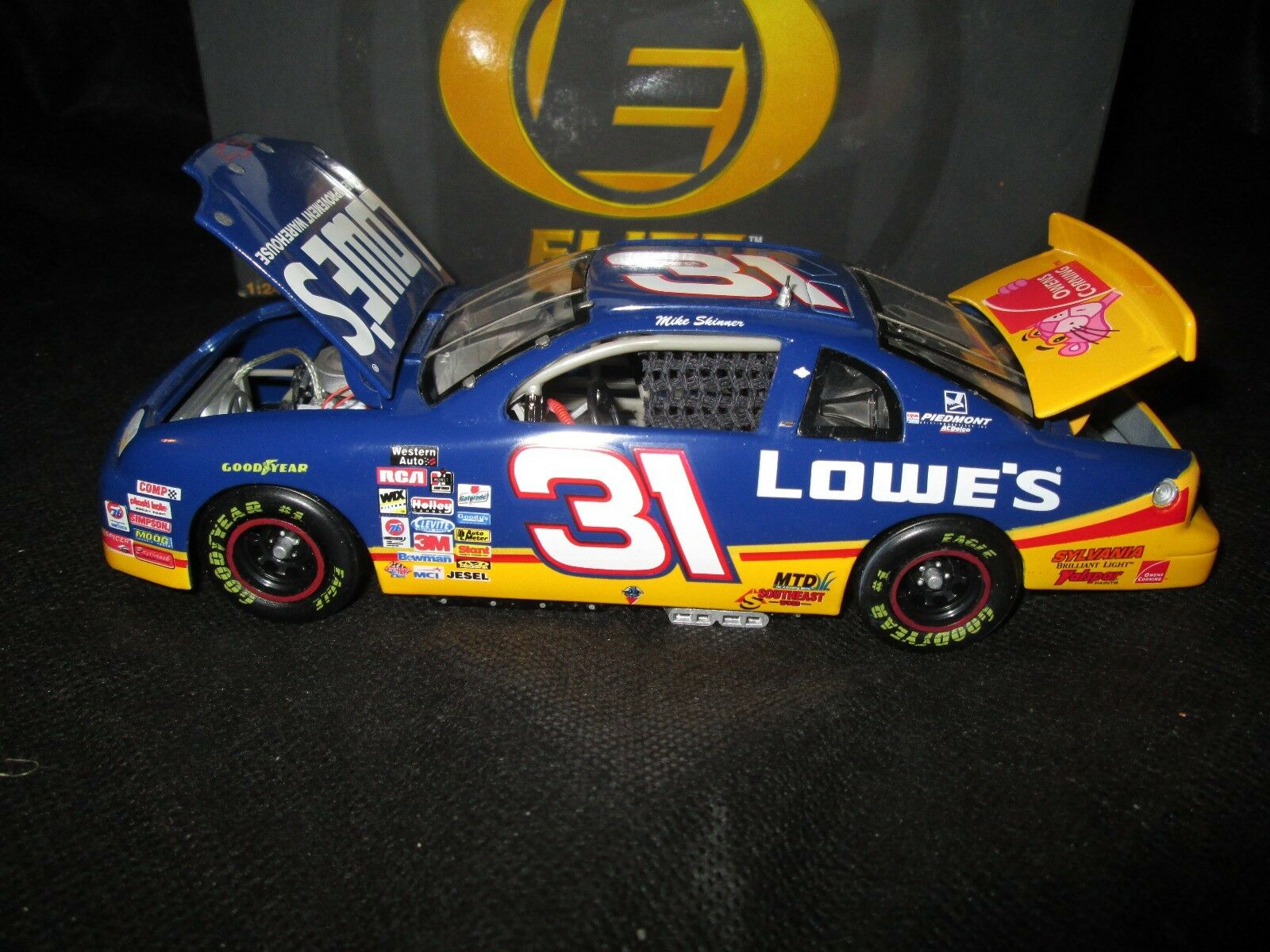 RCCA Action 1 24 Elite car car car Mike Skinner Lowe's 1997 Chevy Monte Carlo 1 1500 132a55