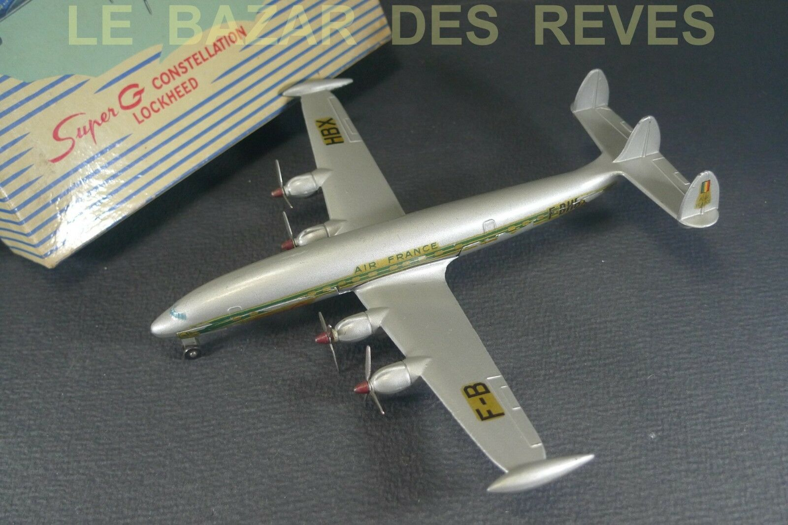 DINKY TOYS FRANCE. SUPER G CONSTELLATION  AIR FRANCE.  + boite REF  60 C