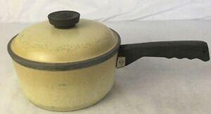 Club-Vintage-Pot-Aluminum-Harvest-Yellow-3-Quart-Sauce-Pan-With-Lid-Cookware
