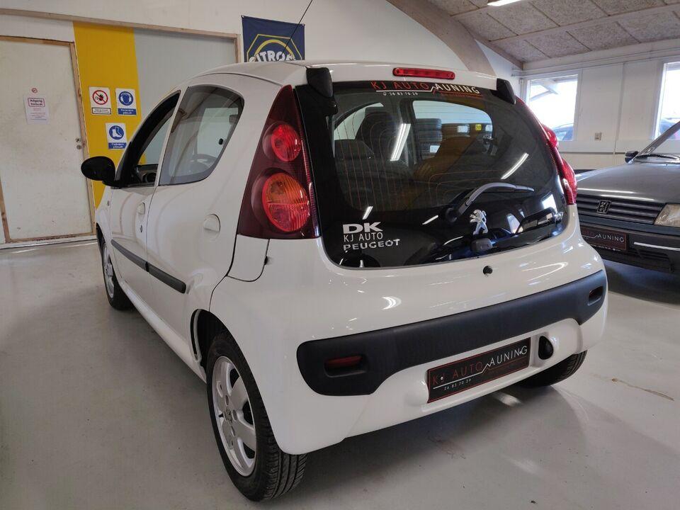 Peugeot 107 1,0 Active Benzin modelår 2013 km 62000 Hvid ABS