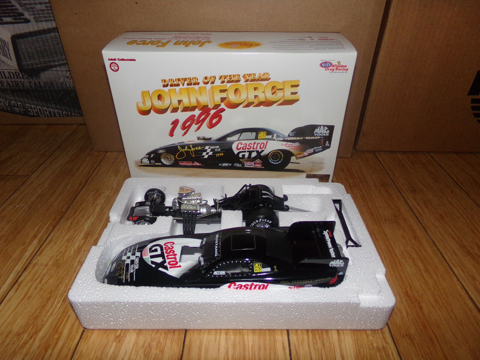 1 1 1 24  JOHN FORCE ACTION DRIVER OF THE YEAR 1997 MUSTANG FUNNY CAR NHRA c7809c