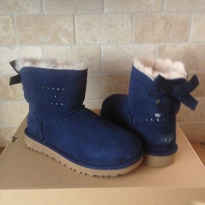 a631418cf7c UGG Dae Sunshine Perf Navy Blue Bailey Bow Suede Mini Boots Size US 5  Womens | eBay