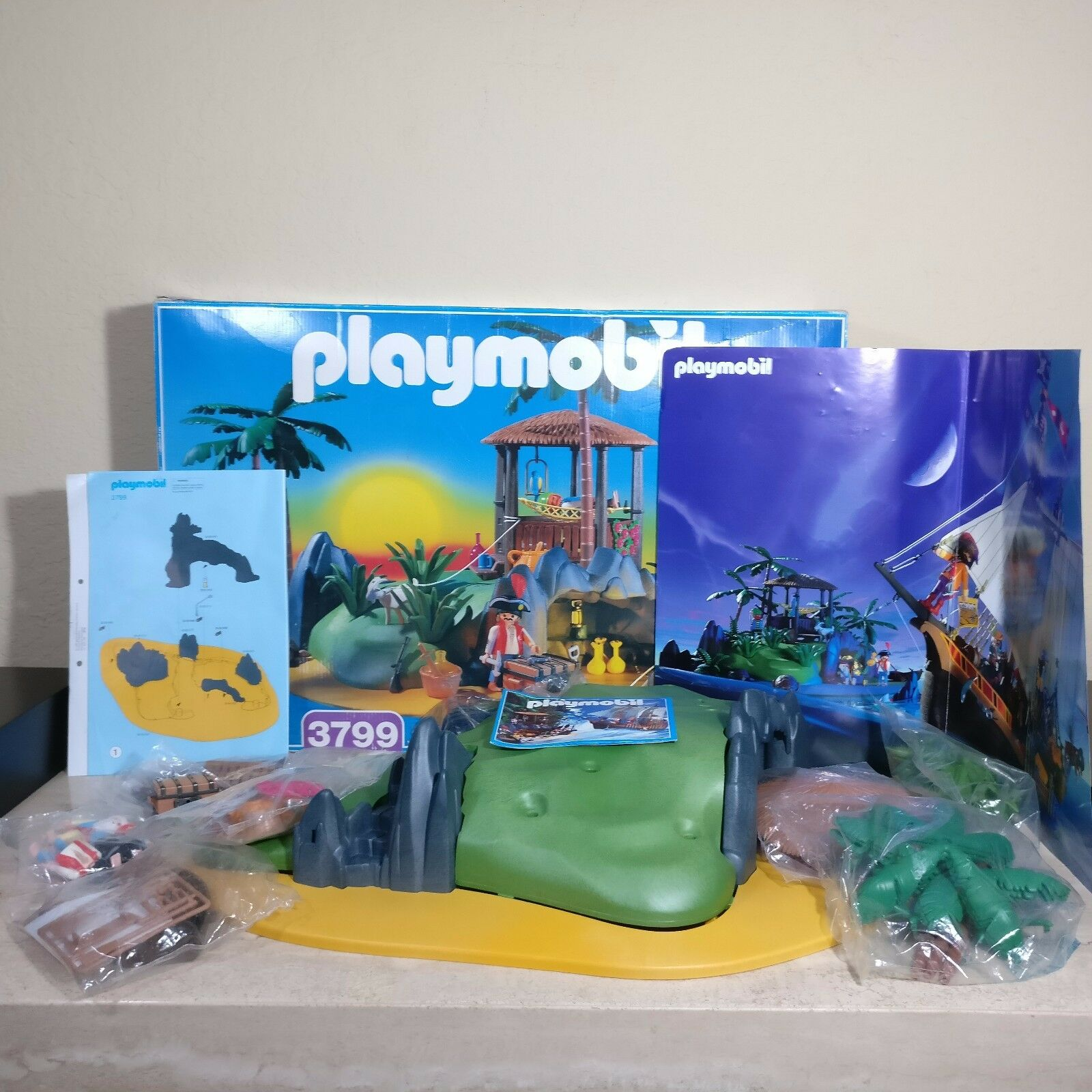 PLAYMOBIL 3799 Pirate Treasure Island Castaway Turtle Cove Complete SEALED BAGS