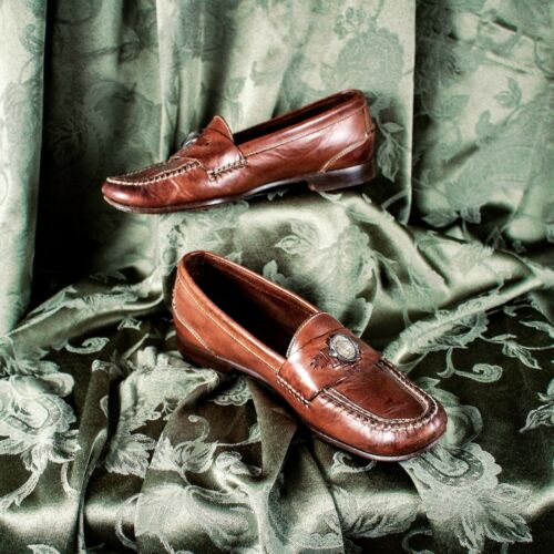 COLE HAAN Reddish Brown with Brass Buffalo Coin Lo