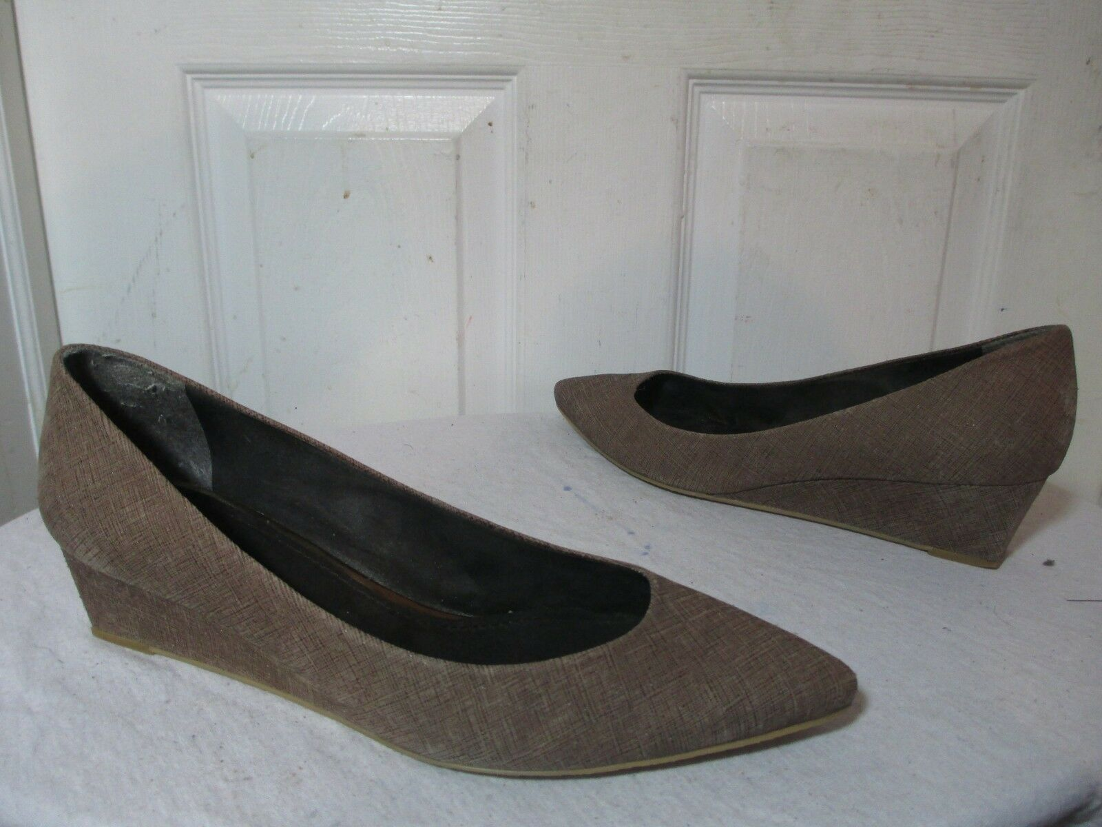STUART WEITZMAN BROWN TEXTURE LEATHER POINTY WEDGE HEELS PUMPS 11 M  398    Size