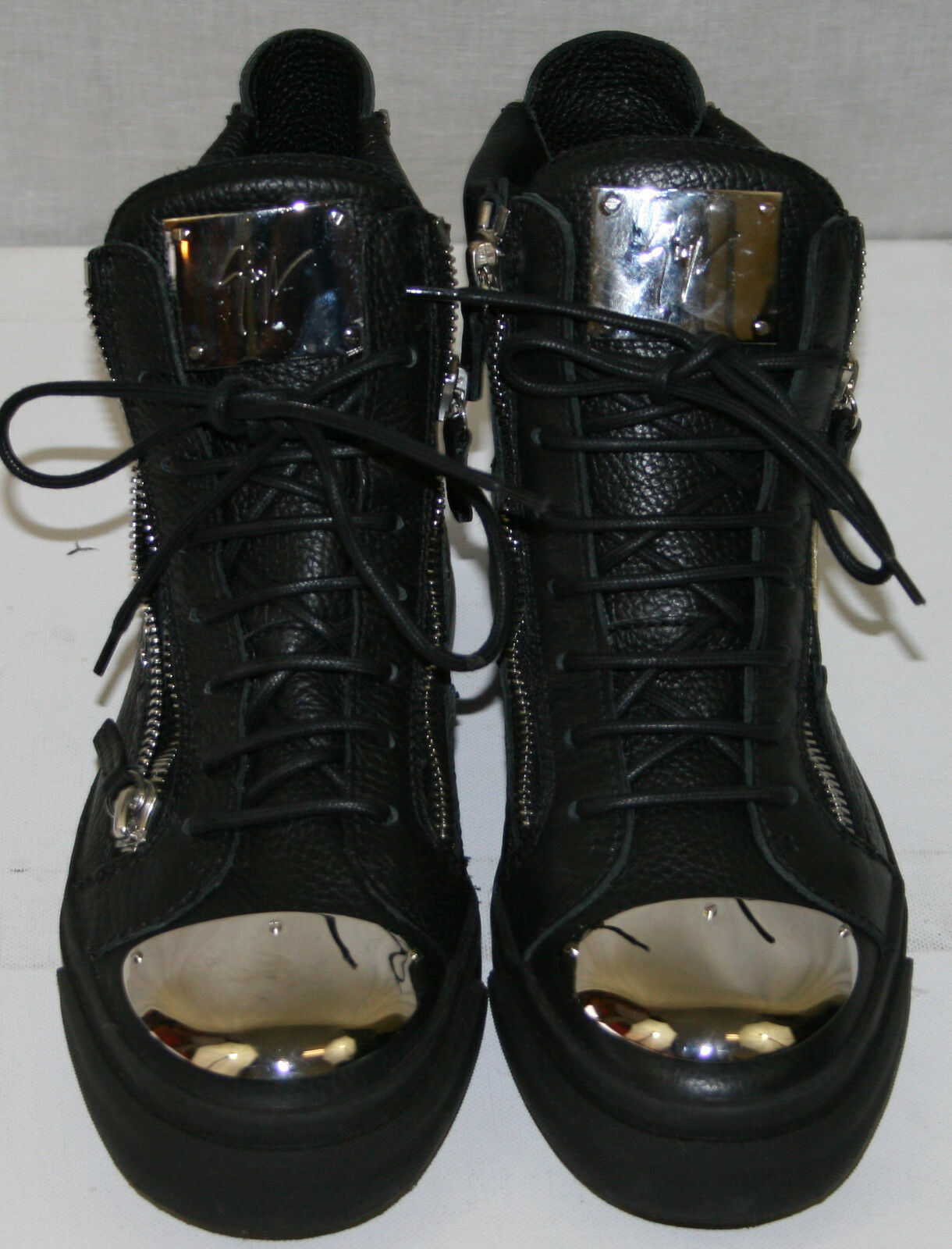 GIUSEPPE ZANOTTI DESIGN 'London' Metal Plate Leather Sneakers,Black 40 1635