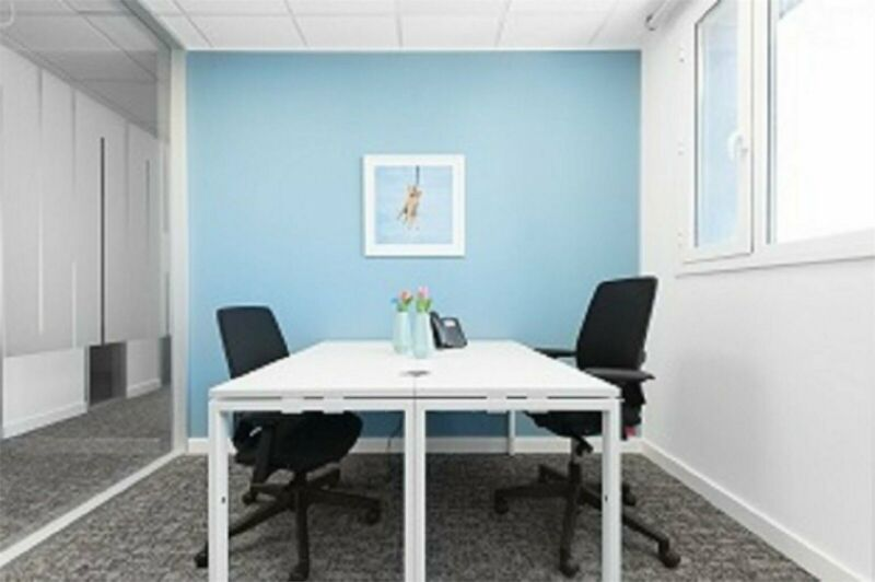 2 Desk private office available at Pharos House