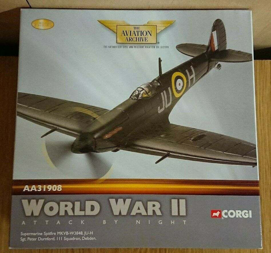 Corgi AA31908 Spitfire MkVB-W38 Sgt. Peter Durnford Ltd Edit. No. 0003 of 3400