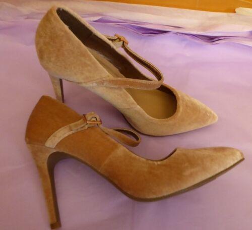 Marks /& Spencer UK 3.5 /& 5 EU36 /& 38 US5.5 /& 7 New blush velours Mary Jane Chaussures