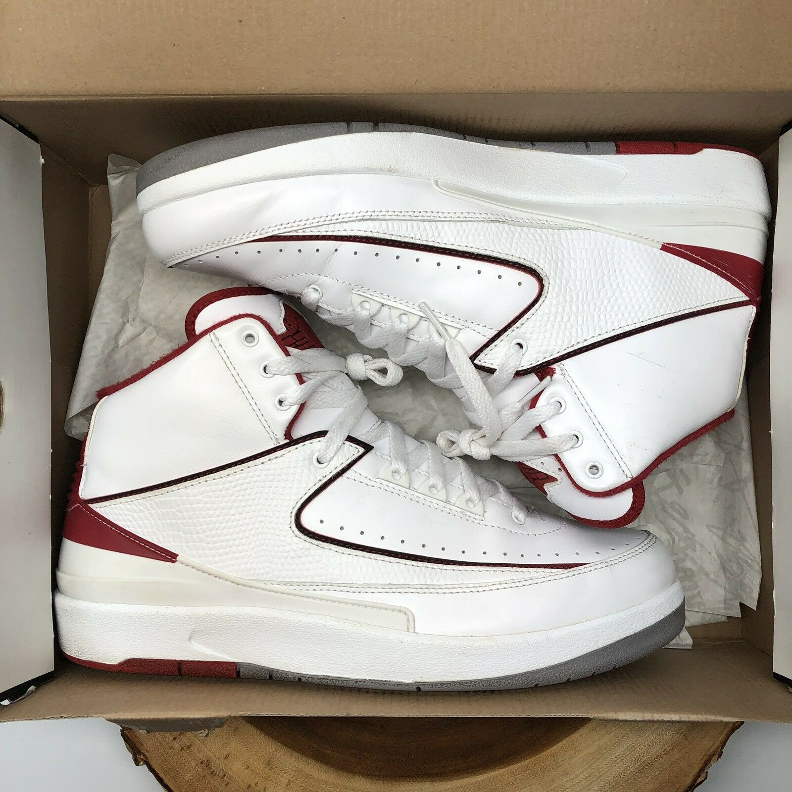 Nike Air Jordan Retro II White Red Chicago Bulls 385475 102 Comfortable The latest discount shoes for men and women