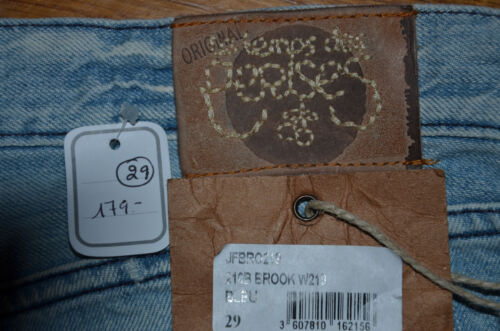 Des 36 Brook Femme Cerises Le Des Temps Jeans Femme Taille Modèle 210 36 Cerises 210 Jeans Temps Taille W26 W26 Brook Modèle Le vC0qZ