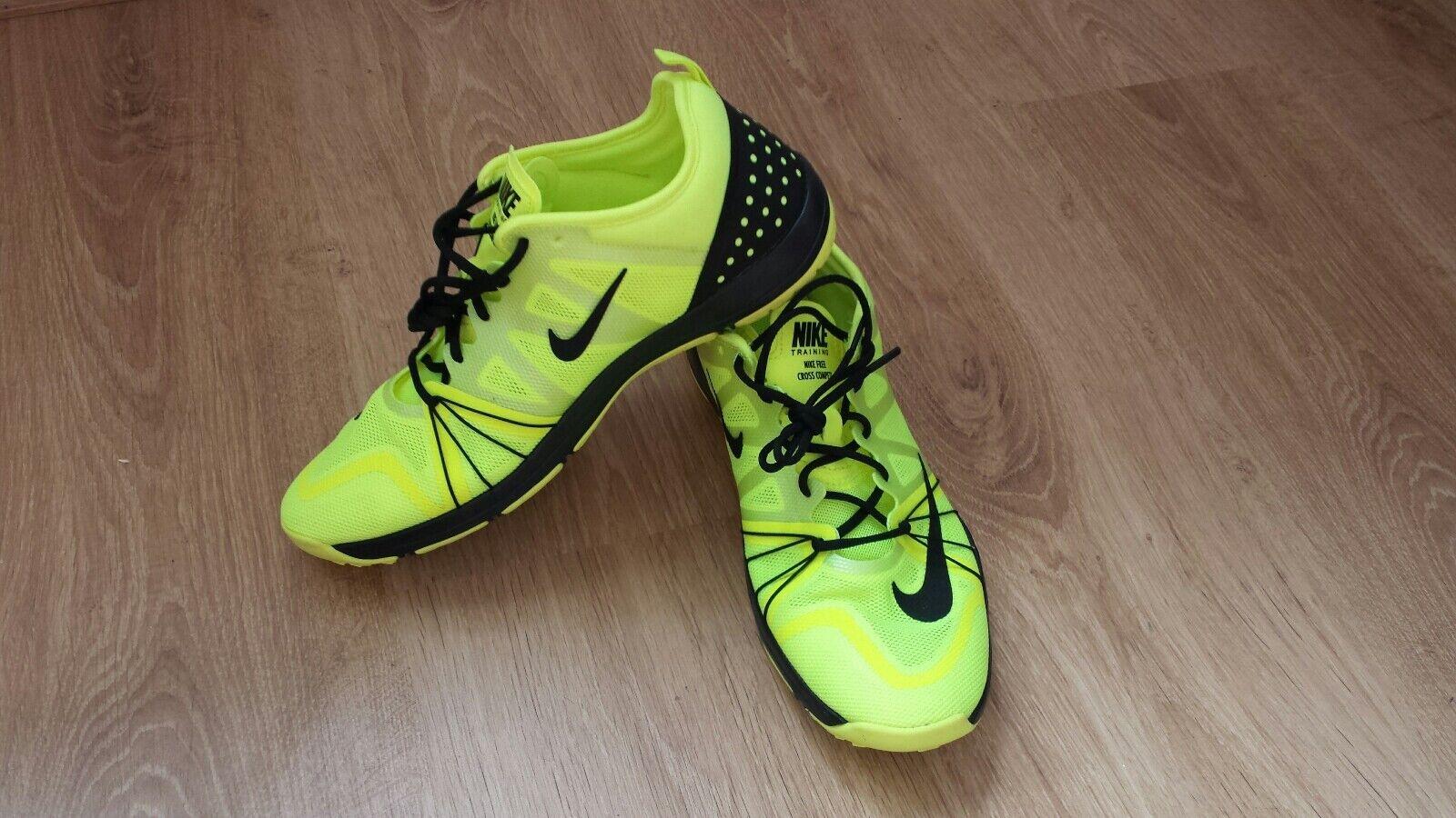 Donna competere Scarpe da ginnastica Nike Free CROCE competere Donna Neon Yellow Volt/Colore Nero 2a34a4