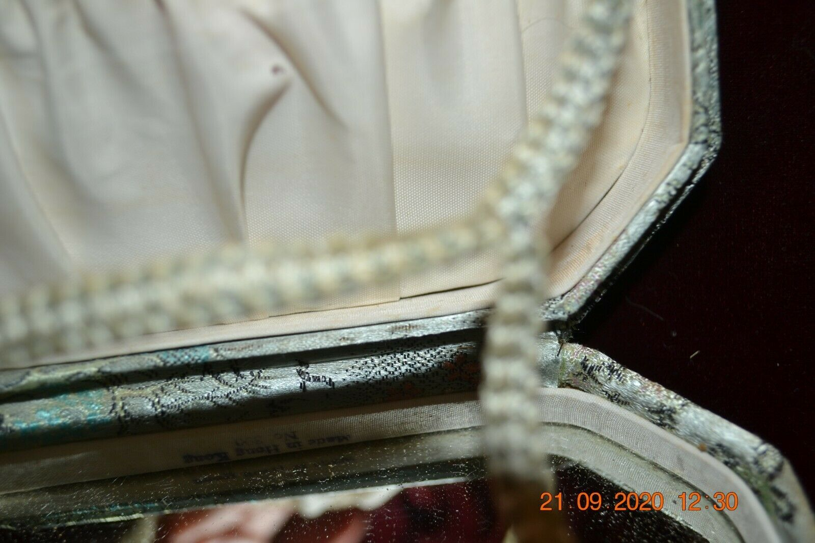 Vintage Oriental Silk Box Purse made in Hong Kong… - image 5