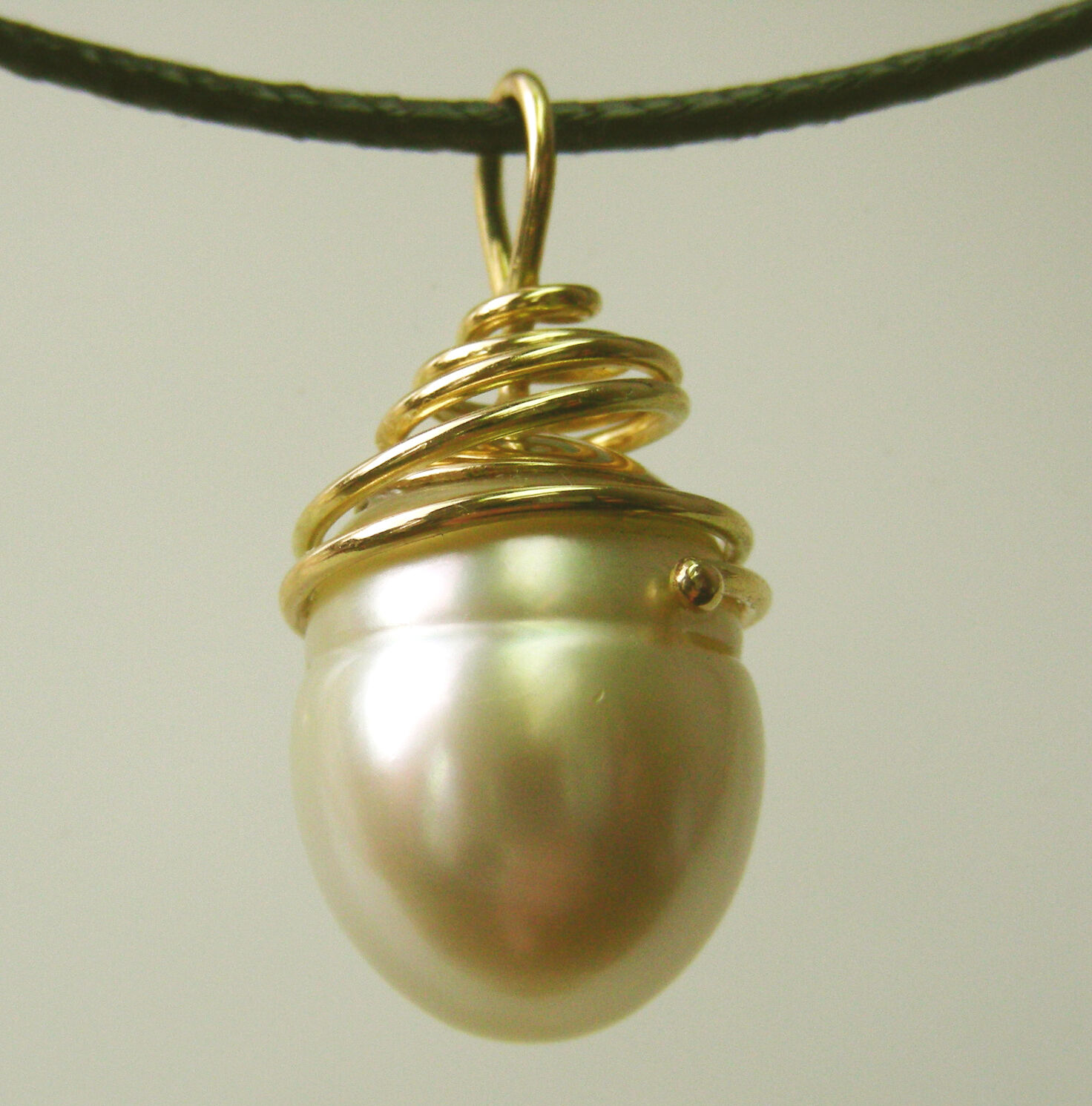 18.9mm  WHITE SOUTH SEA PEARL 100% UNTREATED +18ct SOLID Y gold PENDANT+CERT