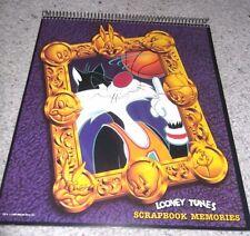 1990 LOONEY TUNES SCRAP BOOK MEMORIES, MOVIEWORLD GOLD COAST, WARNER BROS, MINT,