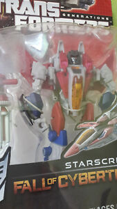 TRANSFORMERS-GENERATIONS-FALL-OF-CYBERTRON-STARSCREAM-MISB