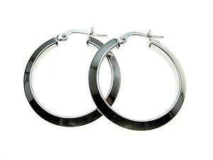 9ct-White-Gold-Hoop-Earrings-26mm-diameter-Gift-boxed