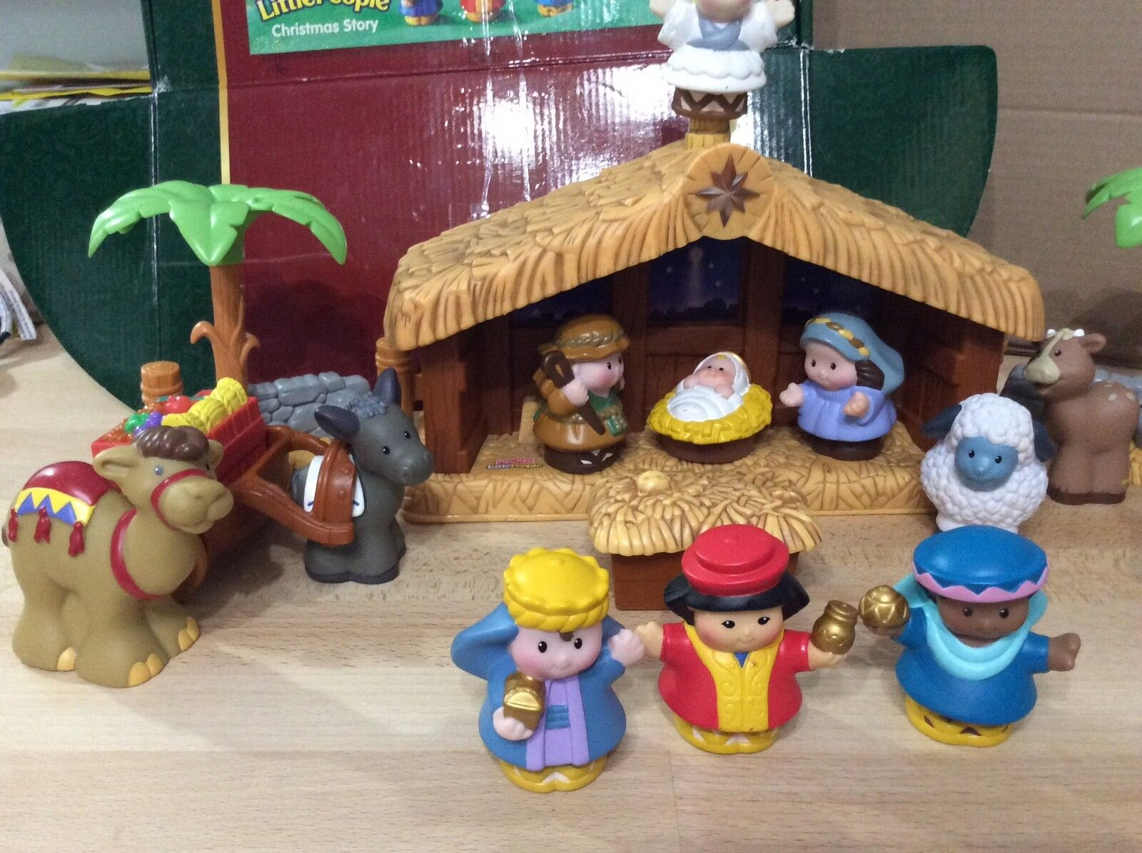 2005 Fisher Price Little People People People Christmas Story Natavity Set  J2404 Complete 40e188