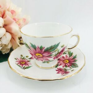 Vintage-Royal-Vale-Bone-China-England-Teacup-and-Saucer-Pink-Flowers