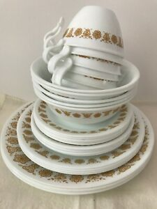 Vintage-Corelle-Set-of-Dishes-Gold-Butterfly-Cups-amp-Dishes-29-Pieces