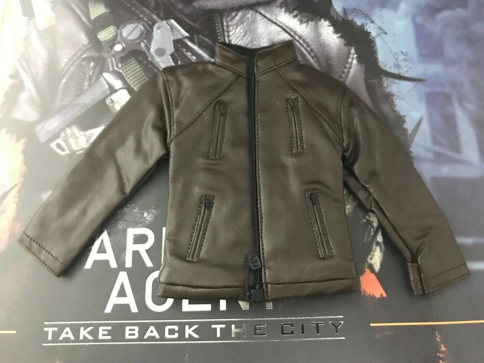 VTS VM017 Darkzone Agent  1 6th Scale Jacket