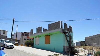 Se vende terreno en esquina comercial en Villa Fontana PMR-565