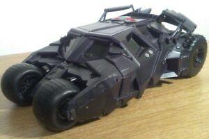 DC-Comics-Batman-Batimovil-el-caballero-de-la-noche-Tumbler-vehiculo