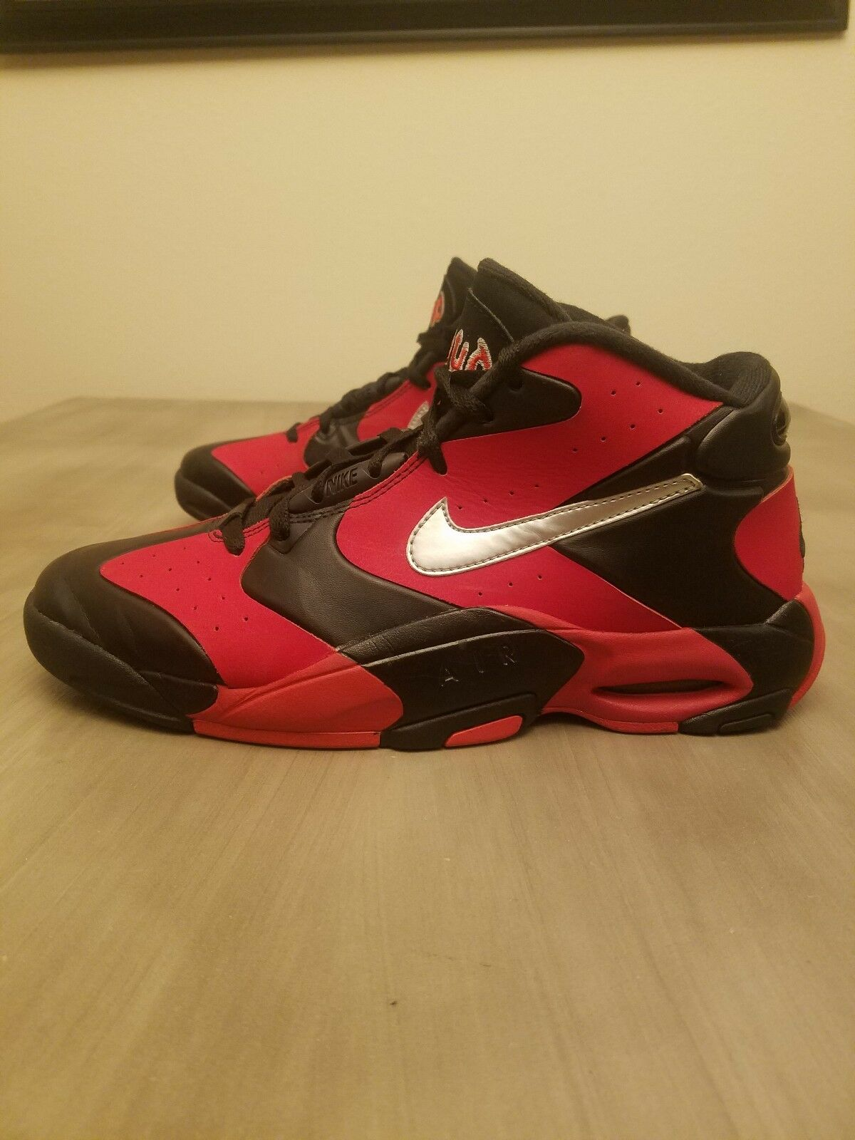 Nike Air up Anfernee Penny Max 1 Rouge 90 95 zoom vol 270 180 2 force 97 98