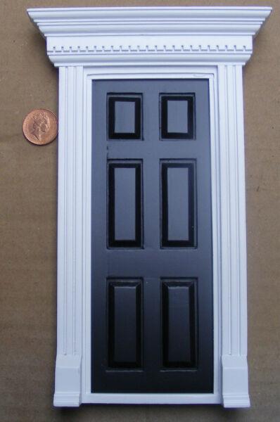 Amabile Scala 1:12 Nero Verniciato In Legno Fata Apertura Porta Casa Delle Bambole Accessorio 696 Modellazione Duratura