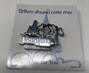 Where-Dreams-Come-True-Disneyland-Resort-Mickey-and-Minnie-PIN-49253-2006