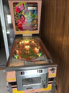 vintage-pinball-machine-for-sale