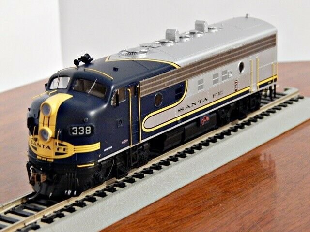 Athearn Genesis Santa Fe F 7 311 L Dcc Ready Plated Warbonnet For Sale Online Ebay