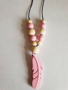 Pink-Silicone-Feather-Teething-Necklace-with-Silicone-and-Wooden-Beads-Uk-Seller