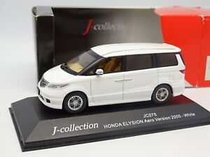 J-Collection-1-43-Honda-Elysion-Aero-Version-2005-Blanche