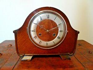 Antique-Oak-Anvil-Mantel-Clock-with-Perivale-Movement-Key-Pendulum-Coiled-Chime