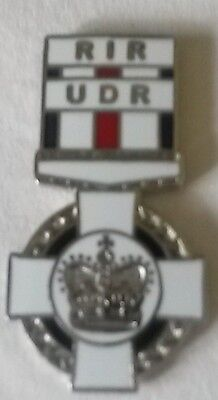 ulster defence regiment conspicuous gallantry cross lapel badge udr cgc british