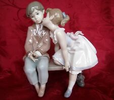 LLADRO #7635 TEN AND GROWING FIGURINE GIRL KISSING BOY 1994 RETIRED IN A BOX