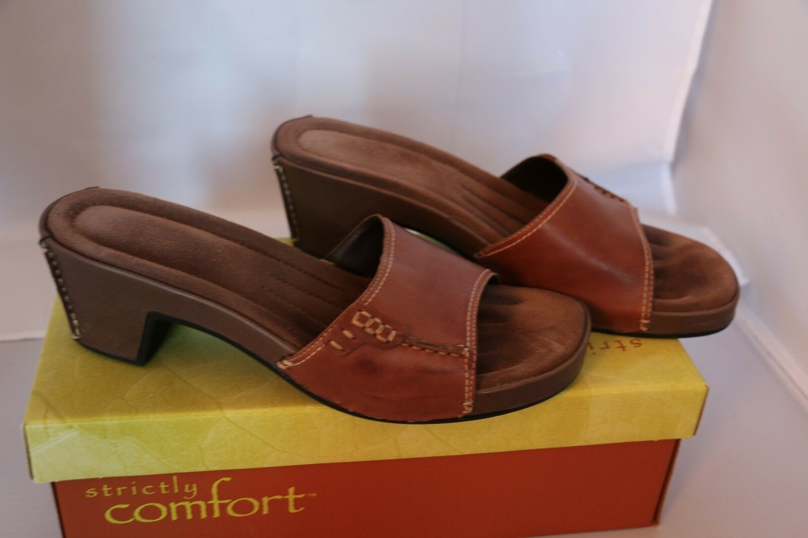 Women's Strictly Comfort Sandal Size - Brown - Size Sandal 8 cef596