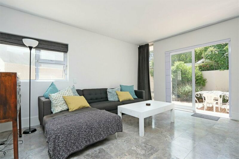 3 Bedroom Townhouse For Sale in Claremont Upper