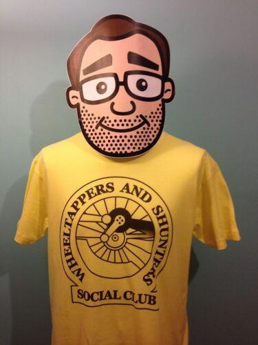 Colin Crompton Wheeltappers /& Shunters Social Club T-Shirt Bernard Manning