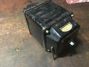 Vintage-Industrial-Volts-Meter-Portable-Work-Site-Tool-Test-Equipment-Tool