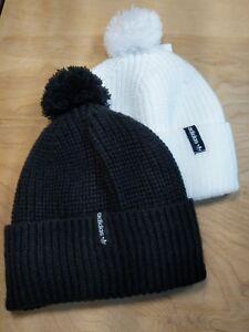 09ac813abe2 Adidas Para Mujer POM Gorro POM POM Sombrero de un tamaño Lote de 2 ...