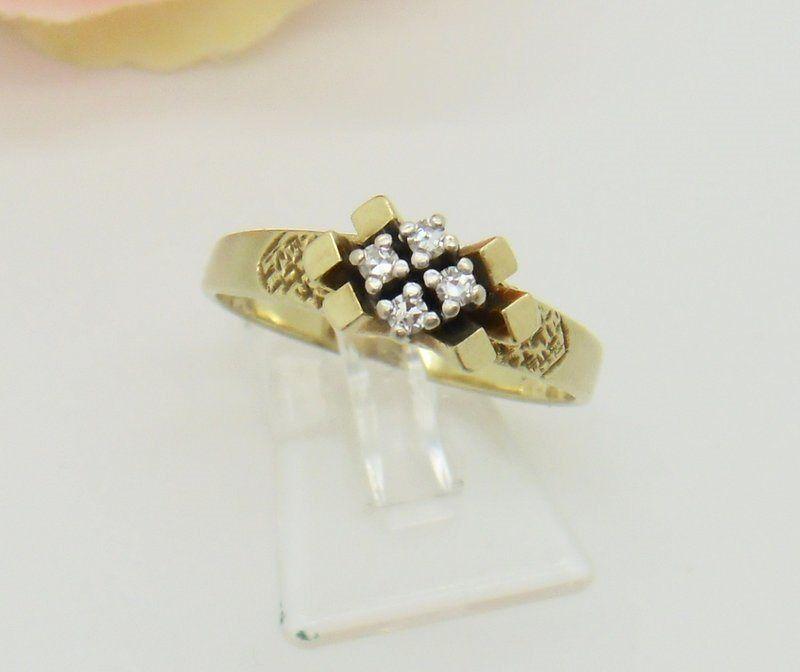 Ring mit Diamanten 0,12 Carat 585er gold