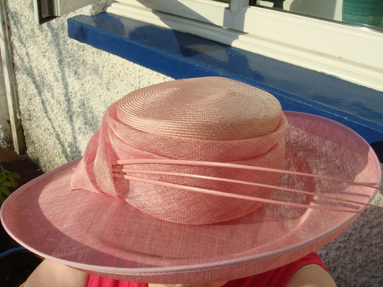 Lady's pale pink occasion hat, new and unworn with slight defect