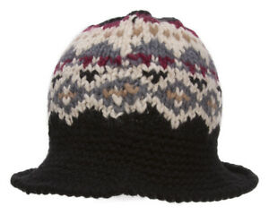 TopHeadwear-Knitted-Bucket-Hat