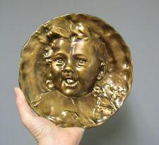Emile Derré. Plaque en Bronze. Art Nouveau. Tête d'enfant. Jugendstil.