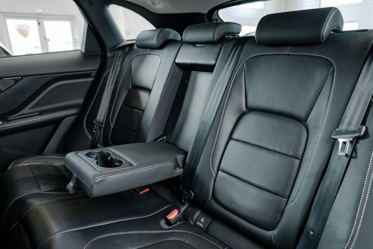 Jaguar F-Pace D300 R-Sport aut. AWD