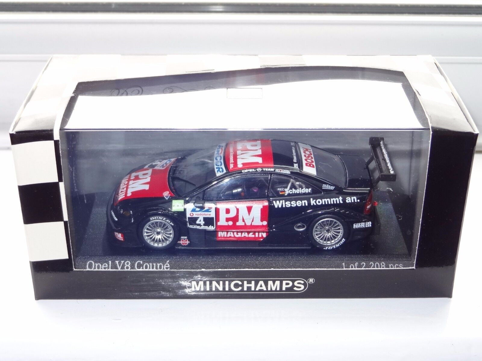 (W) MINICHAMPS 1 43 Scale OPEL V8 COUPE DTM 2001 - 400014104