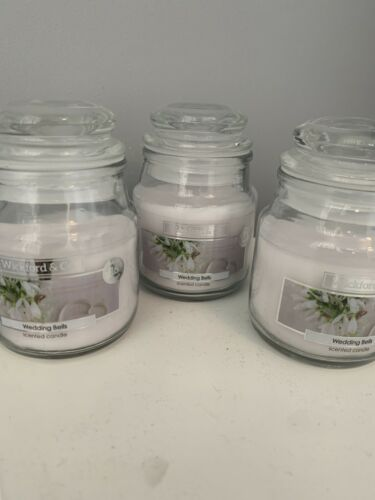 Wickford /& Co Candles Mini Wedding Favours Bridesmaids Gift Wedding Bells 70g X3